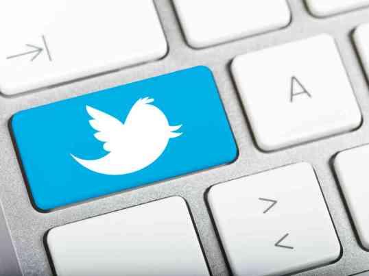 twitter_keyboard-d1e079745afd757a6b2597e5e169973ae837a5cb-s6-c30
